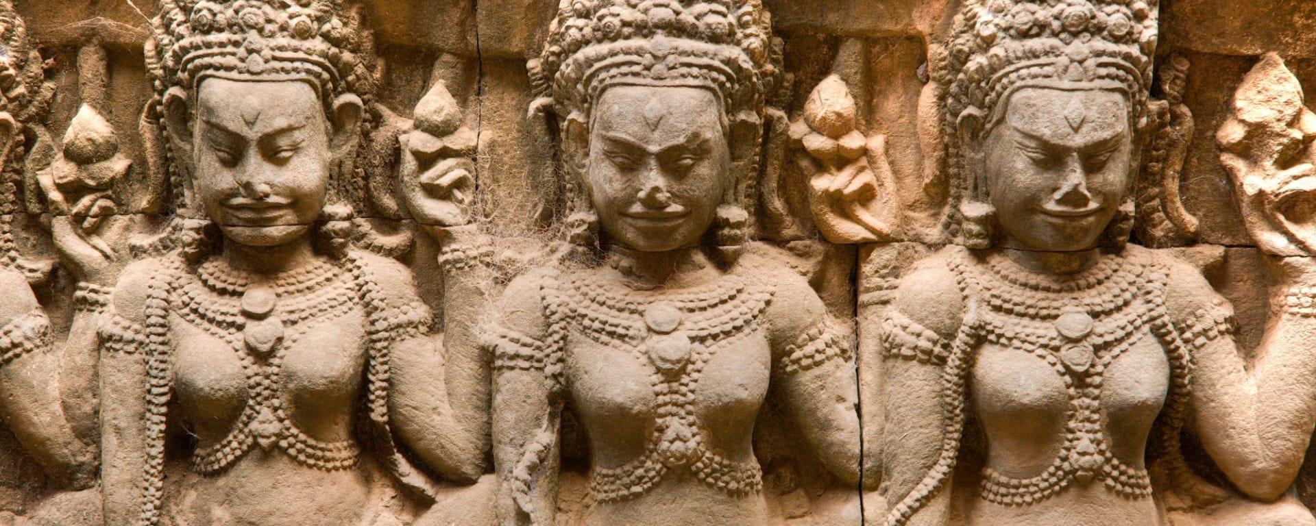 Voyage d'Angkor à Saigon de Siem Reap: Siem Reap Elephant Terrace Apsaras