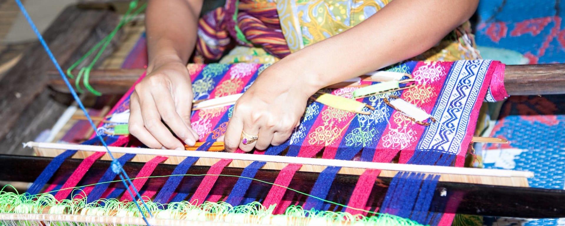 Die Kultur der Sasak in Lombok: Lombok Sasak Weberin