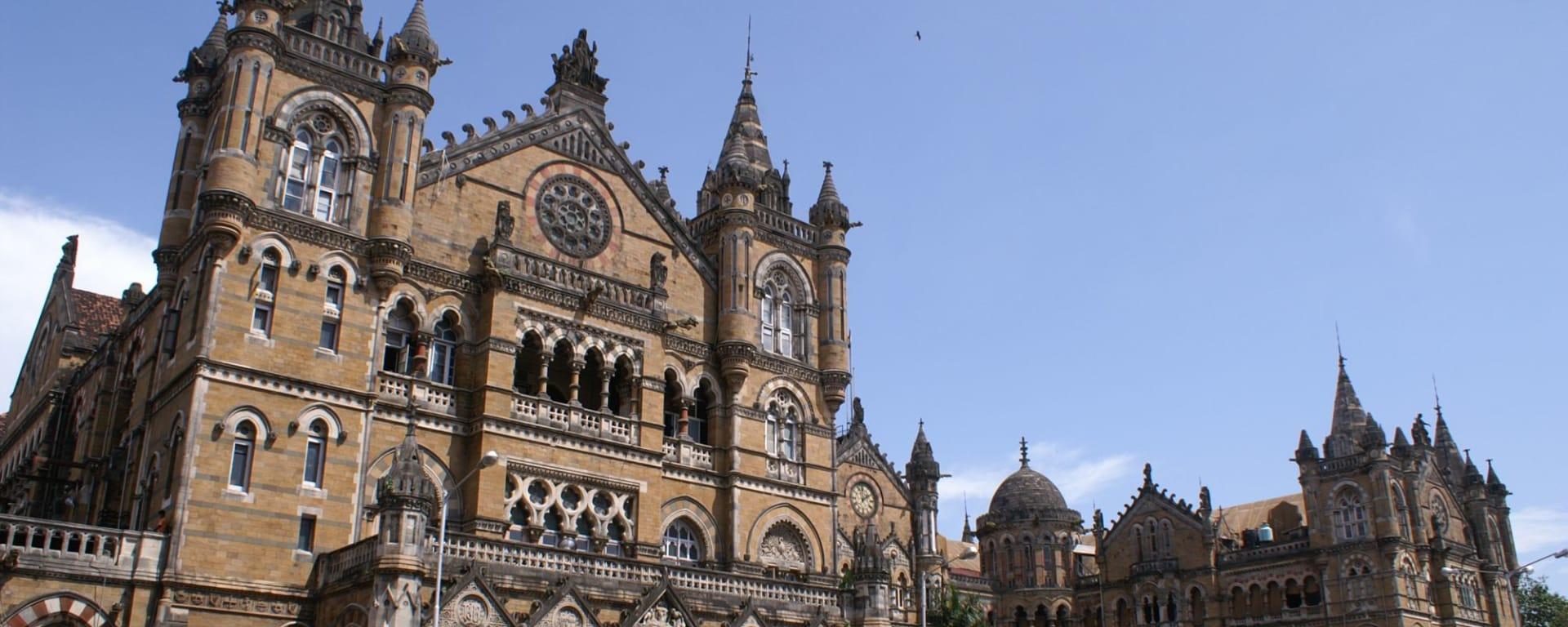 Stadttour Mumbai: Gothic Victoria Railway Station Mumbai