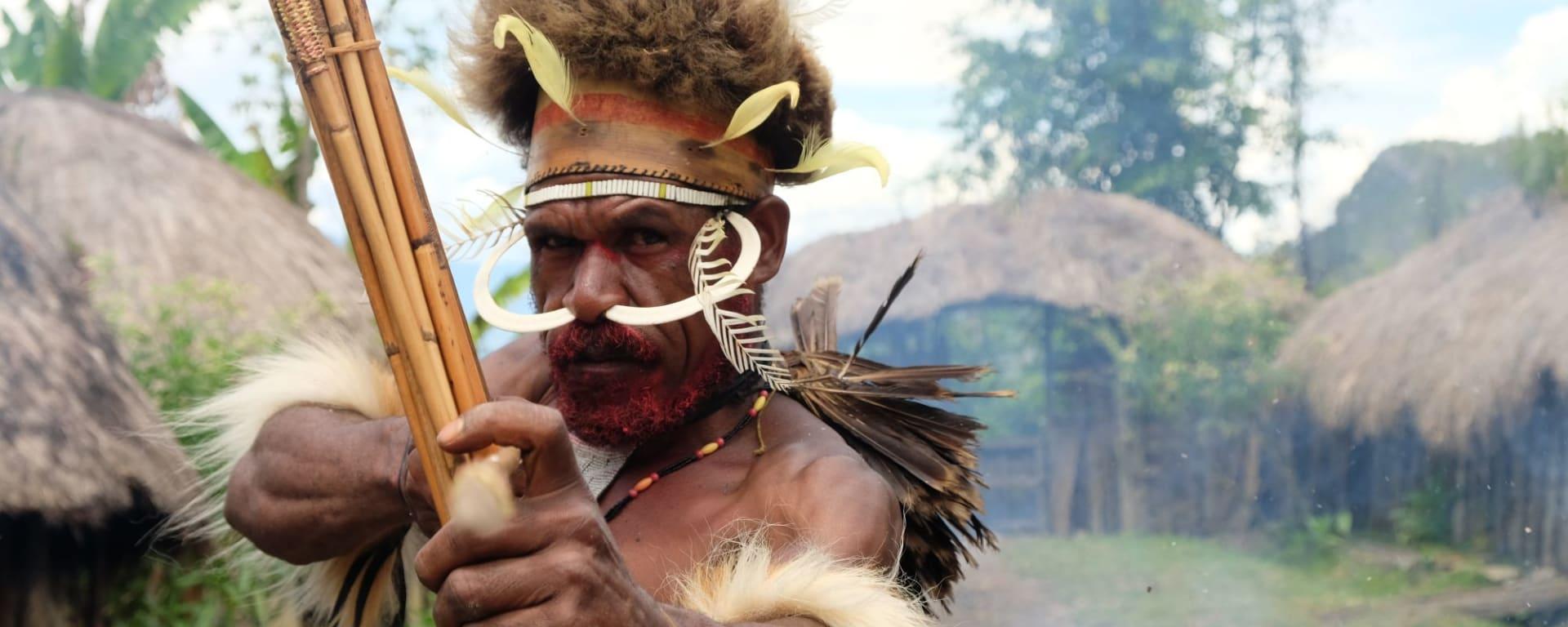Papouasie – un voyage dans un autre temps de Jayapura: Dani Chieftain