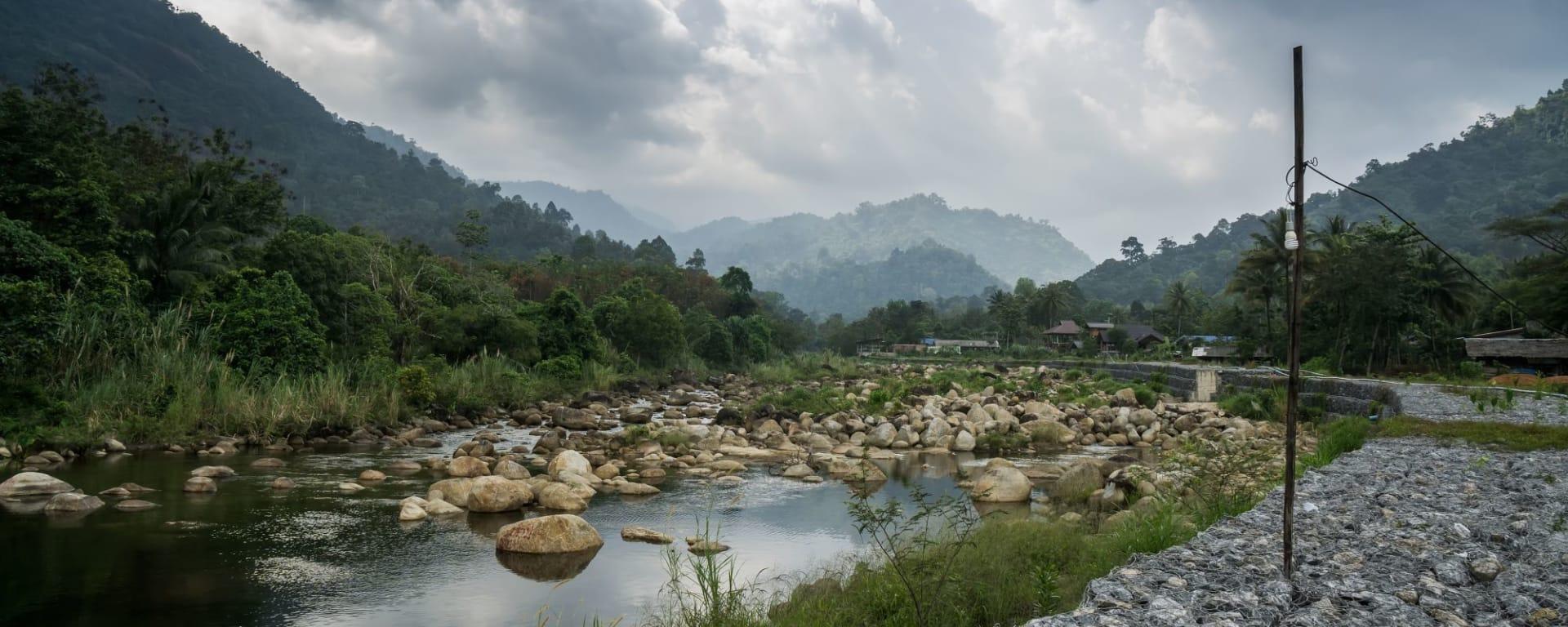 Von Küste zu Küste im Süden Thailands ab Krabi: Khiriwong Village in Nahkon Si Thammarat