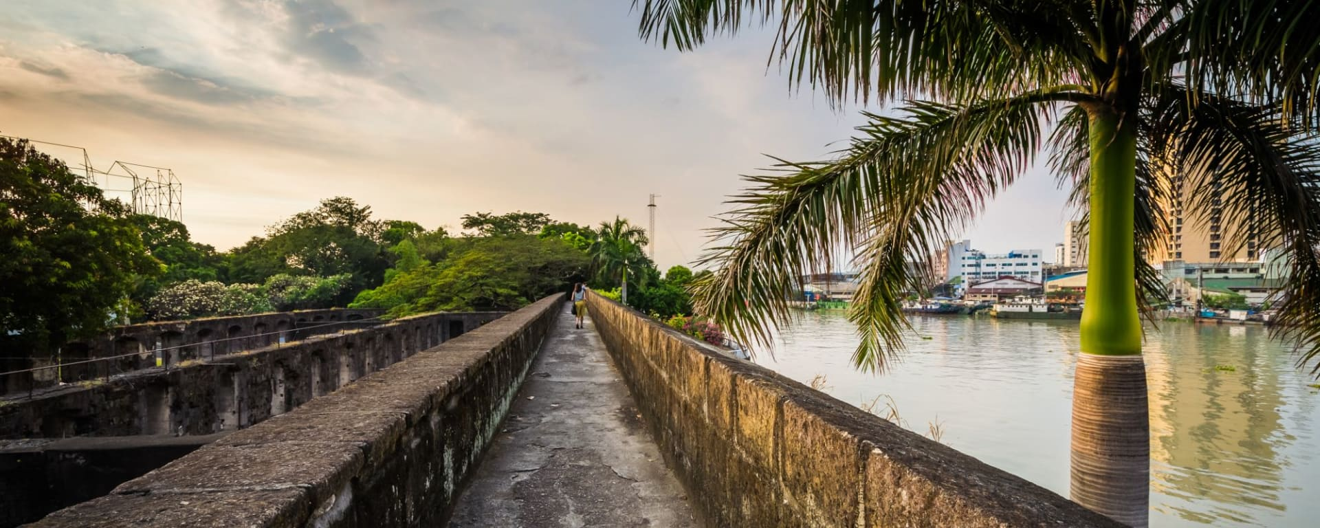 Das unbekannte Manila erfahren: Manila Pasig River at Fort Santiago Intramuros