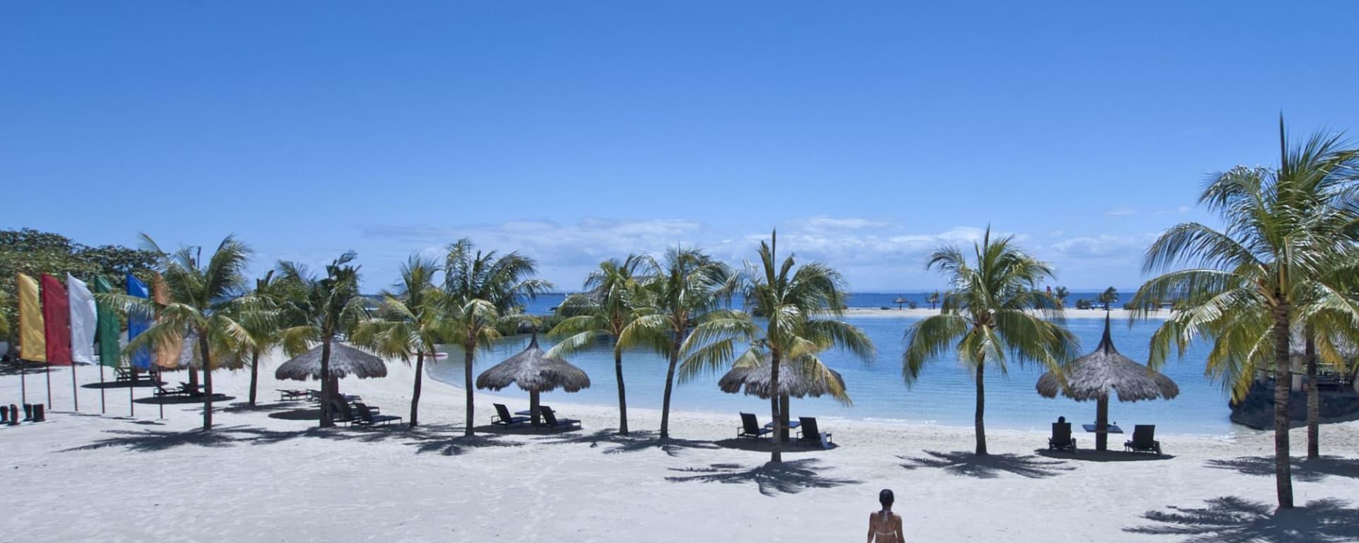 Bluewater Maribago Beach Resort à Cebu: Beachfront