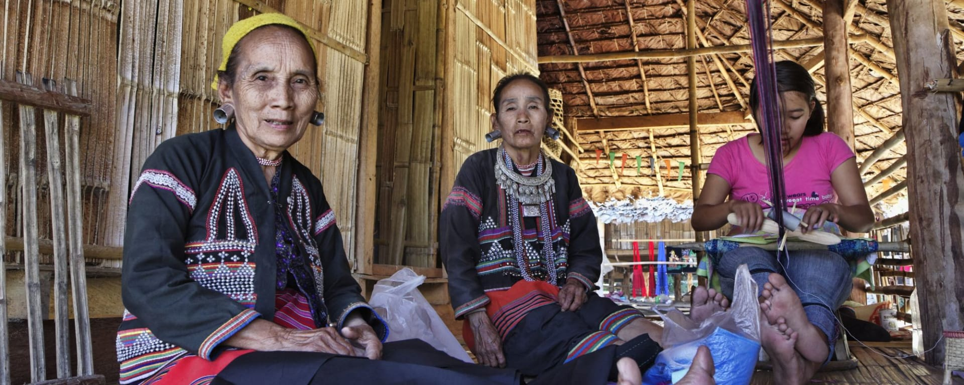 Sur les traces de l'opium de Chiang Mai: Northern Thailand Karen Women