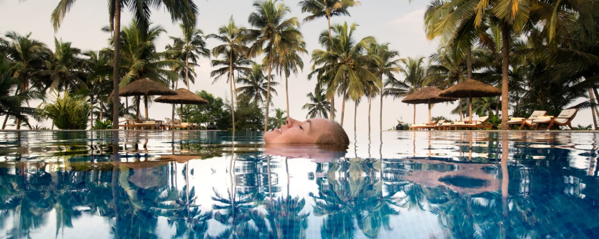 Neeleshwar Hermitage: Swimming Pool