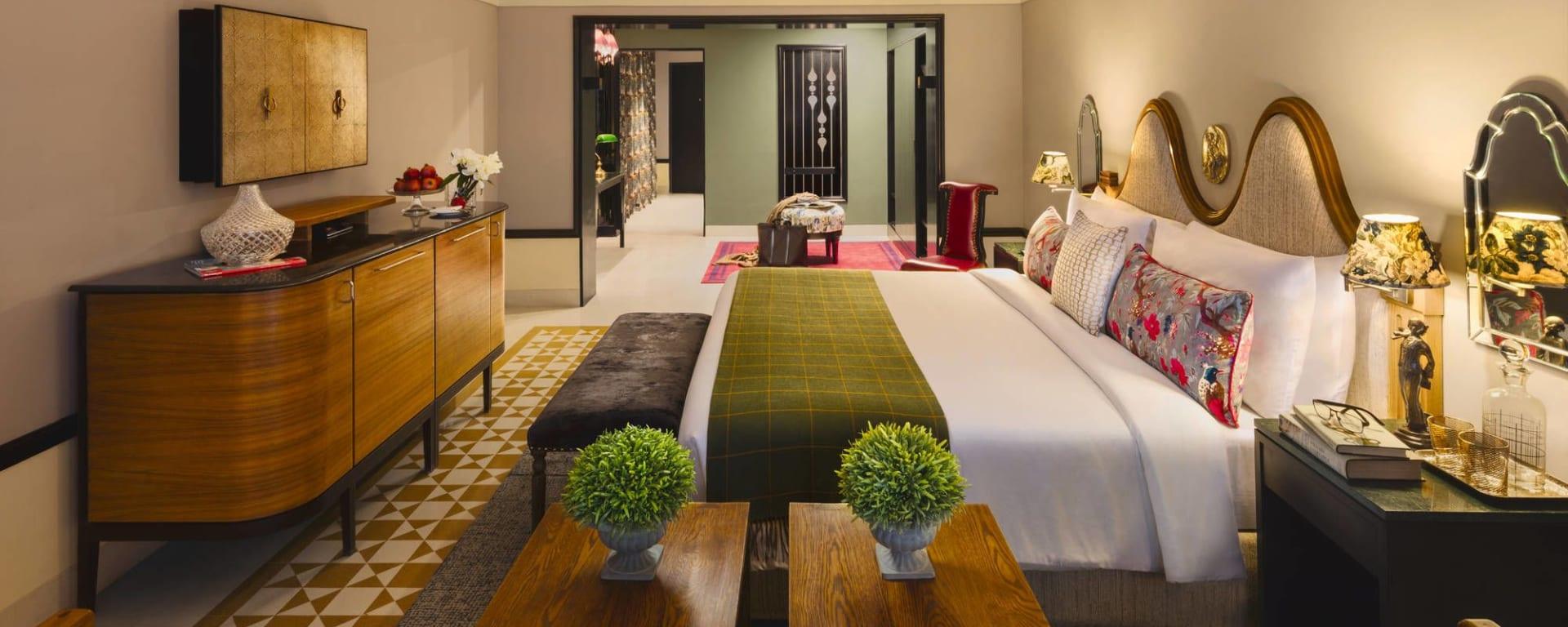 Narendra Bhawan in Bikaner: Prince Room | Bedroom