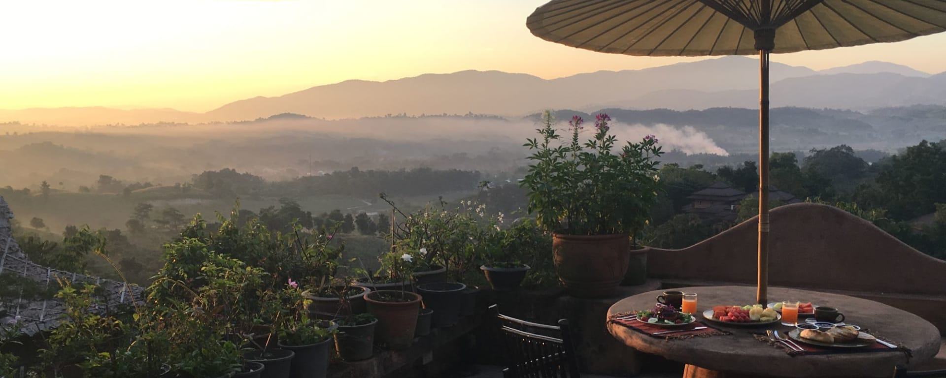 Phu Chaisai Mountain Resort à Mae Chan: Sunrise Breakfast