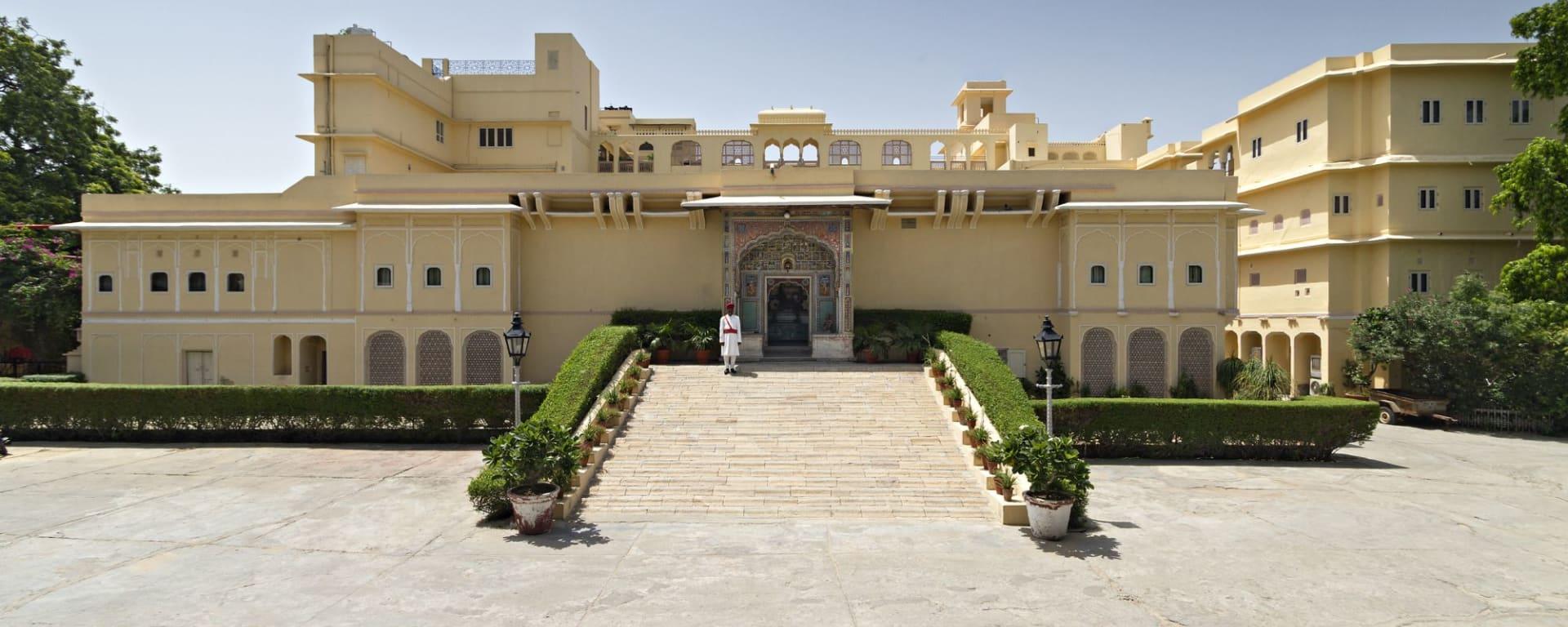 Samode Haveli in Jaipur: Entrance