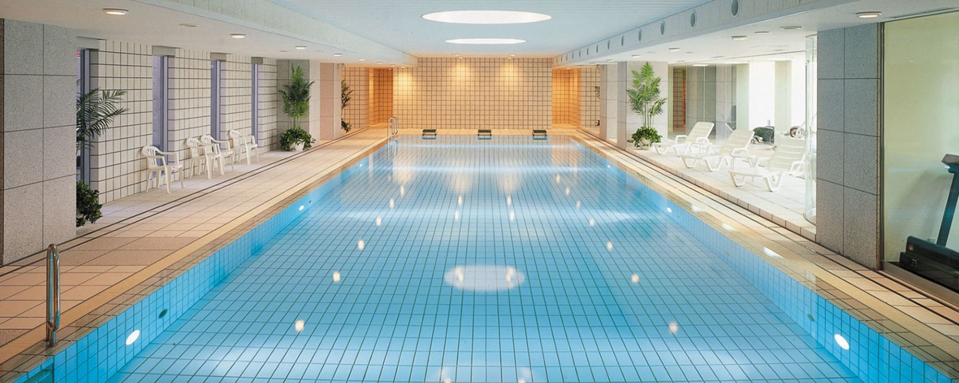 Granvia Kyoto Hotel: Swimming Pool