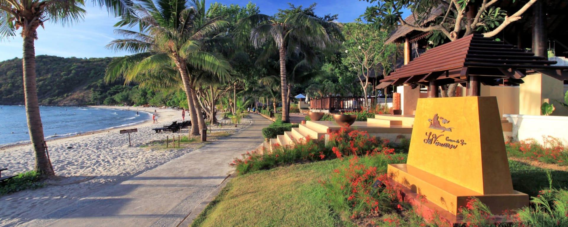 Le Vimarn Cottages & Spa in Ko Samed: Landscape-Main Entrance