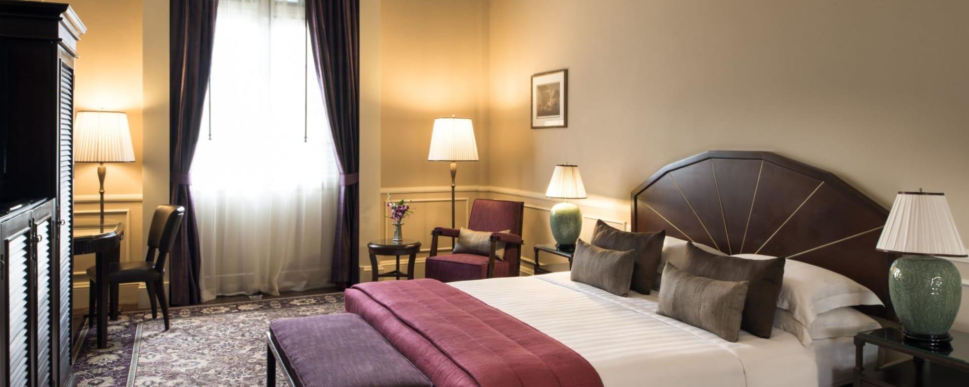 Raffles Hotel Le Royal in Phnom Penh: Landmark Room