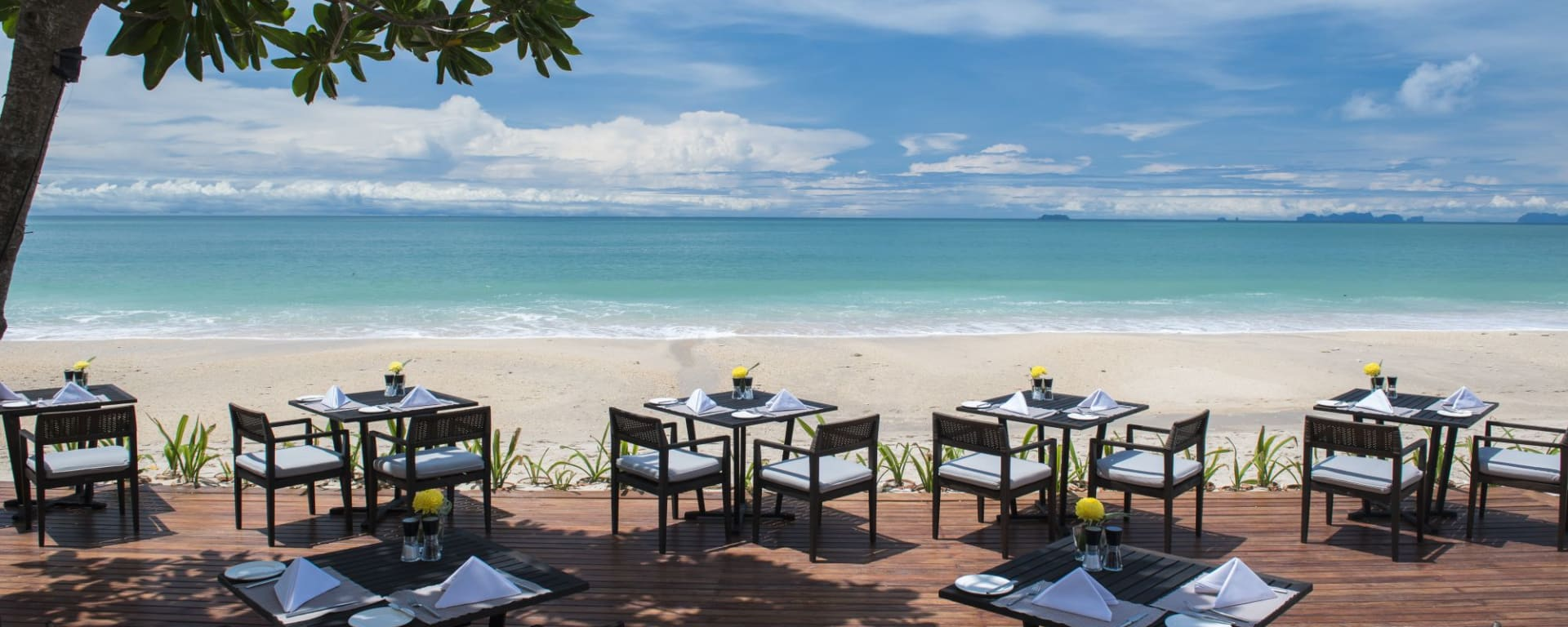 Layana Resort & Spa in Ko Lanta: Tides Restaurant