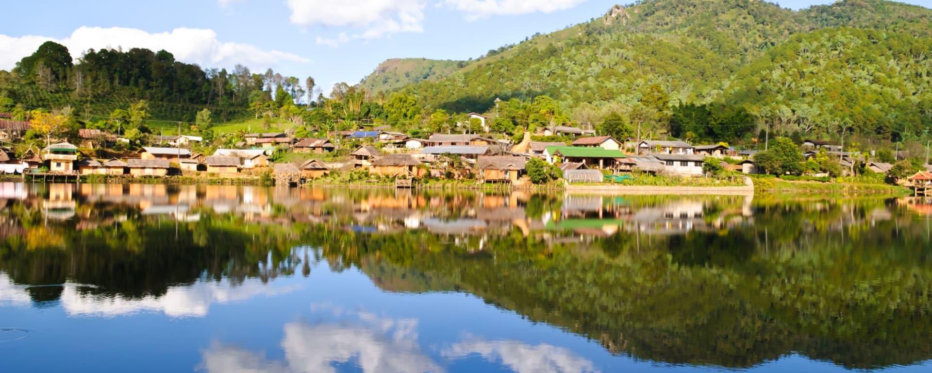 Mietwagenrundreise Mae Hong Son ab Chiang Mai: Pai: Rak Thai Village