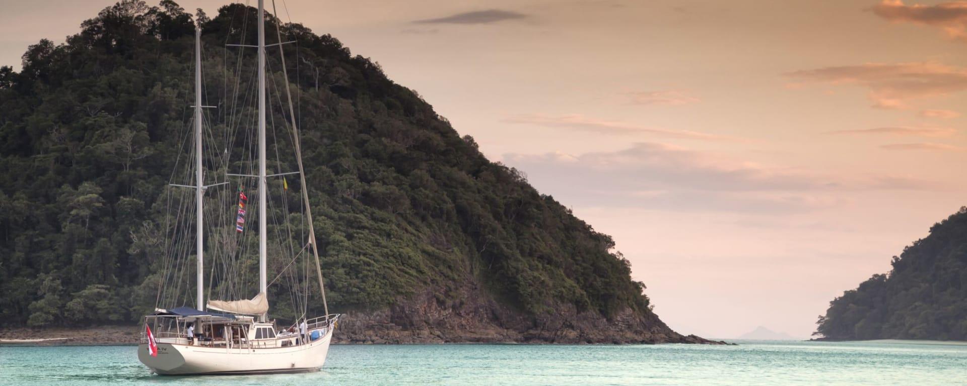 Croisière en voilier dans l'archipel paradisiaque des Mergui de Kawthaung: SY Meta IV at Mergui Archipelago 001