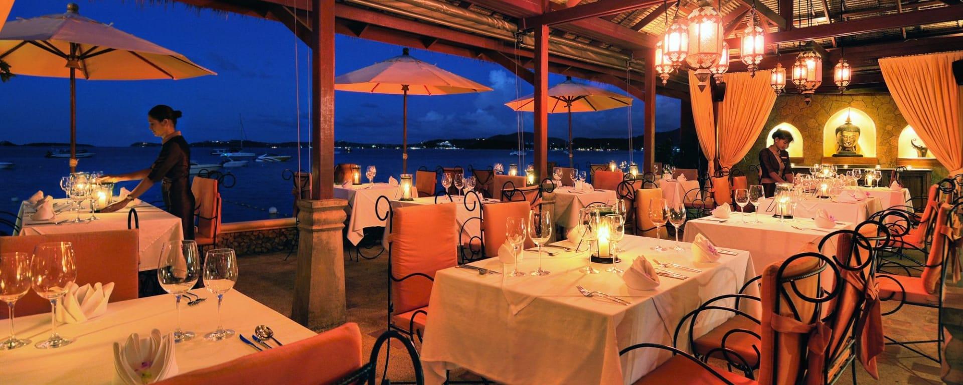Zazen Boutique Resort & Spa in Ko Samui: Zazen Restaurant's Beachfront Terrace