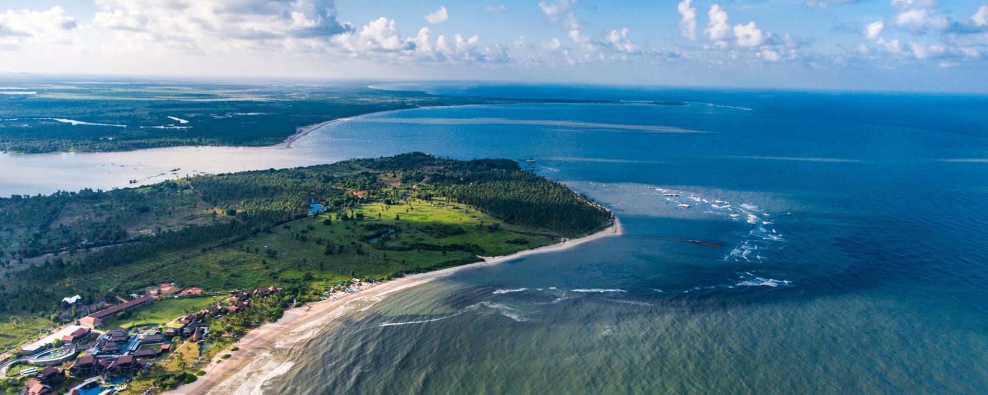 Amaya Beach à Passekudah: Amaya Beach Aerial View