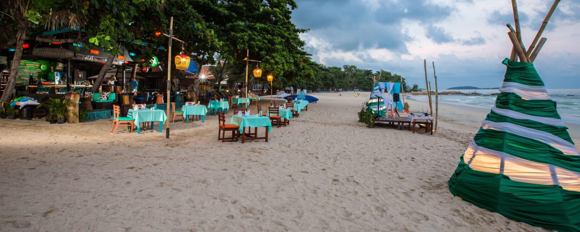 Fair House Beach Resort & Hotel à Ko Samui: Dinning at the beach