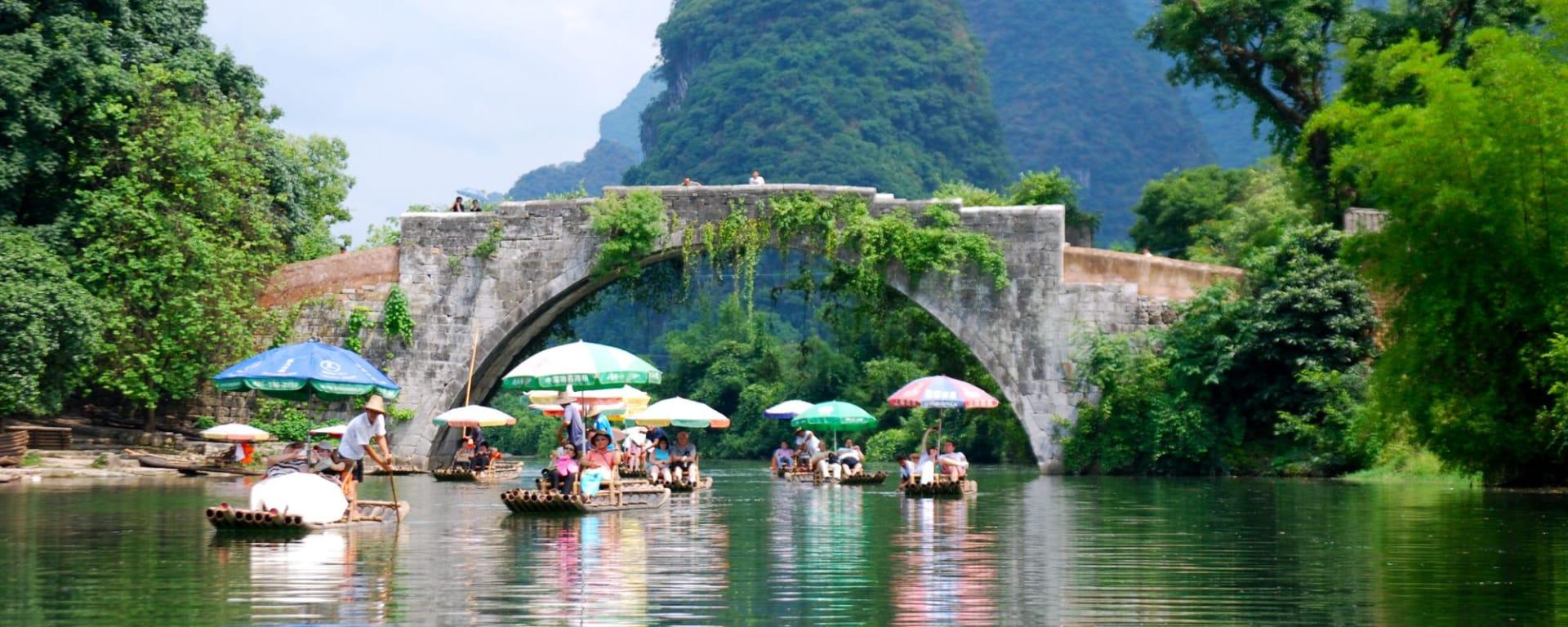 Rizières du cieletreliefs étranges de Guilin: Yangshuo: Yulong River