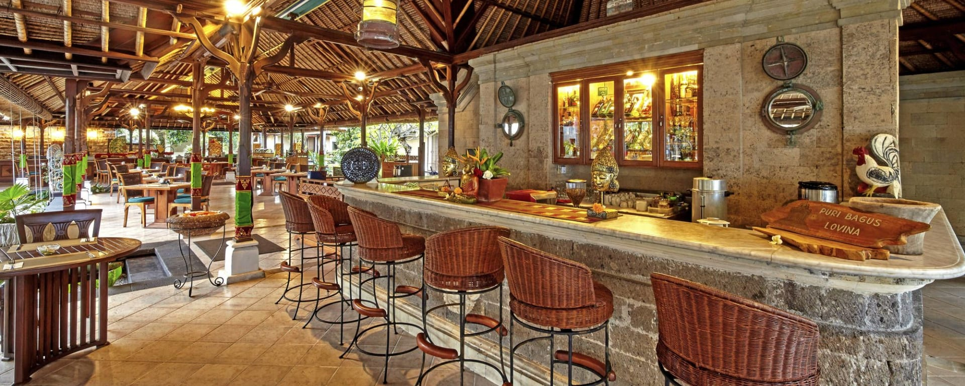 Puri Bagus Lovina à Nord de Bali: Saraswati Restaurant & Bar