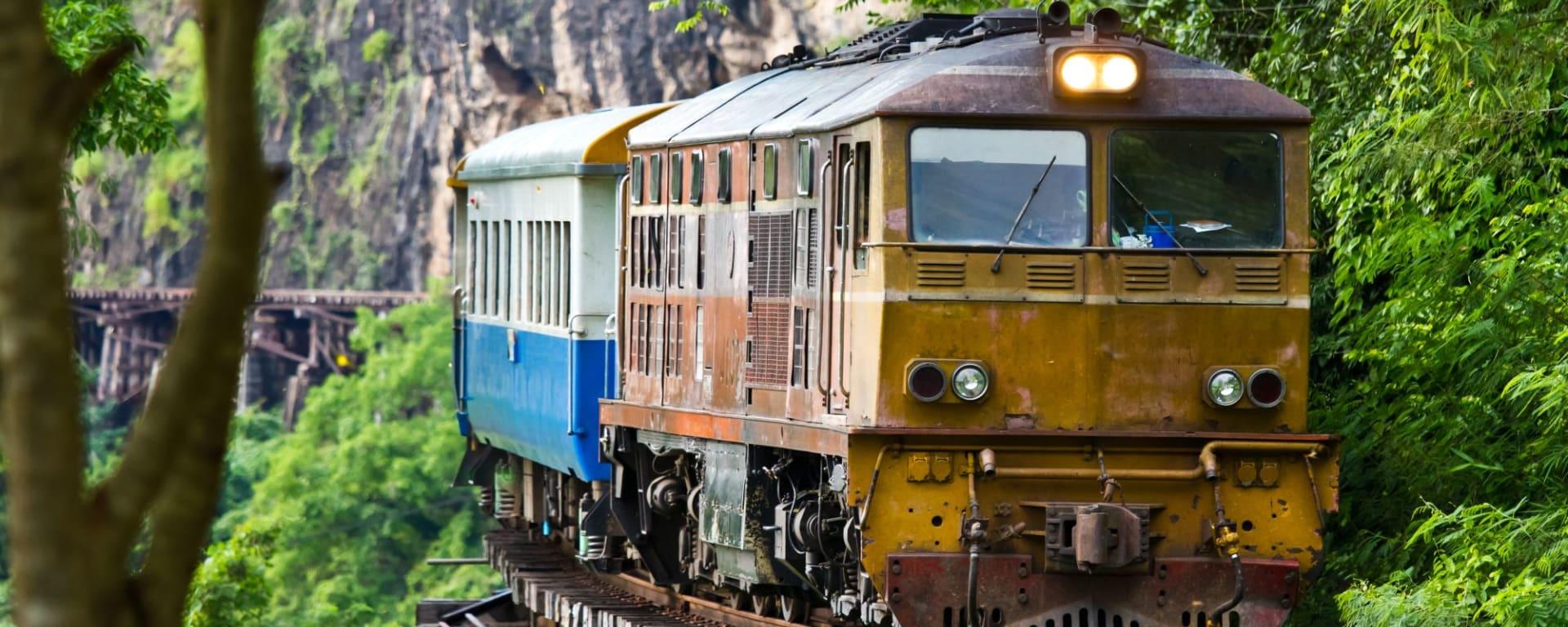River Kwai Soft Adventure ab Bangkok: River Kwai: Death Railway