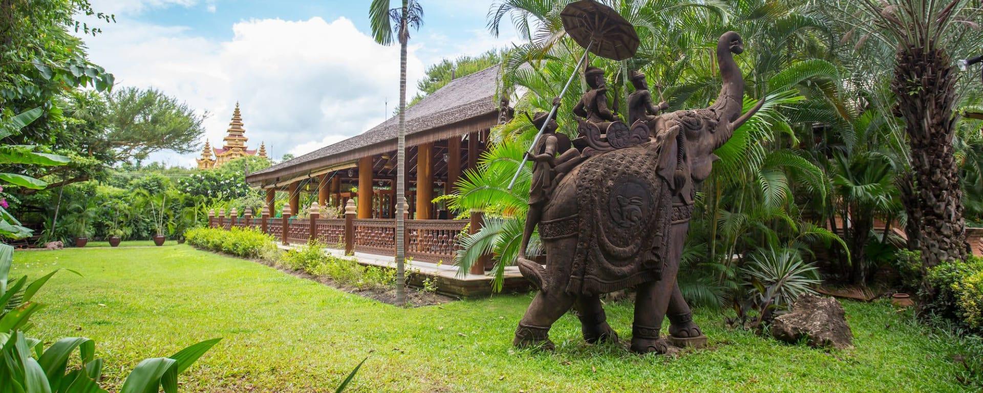 The Hotel @ Tharabar Gate in Bagan: Tharabar Garden
