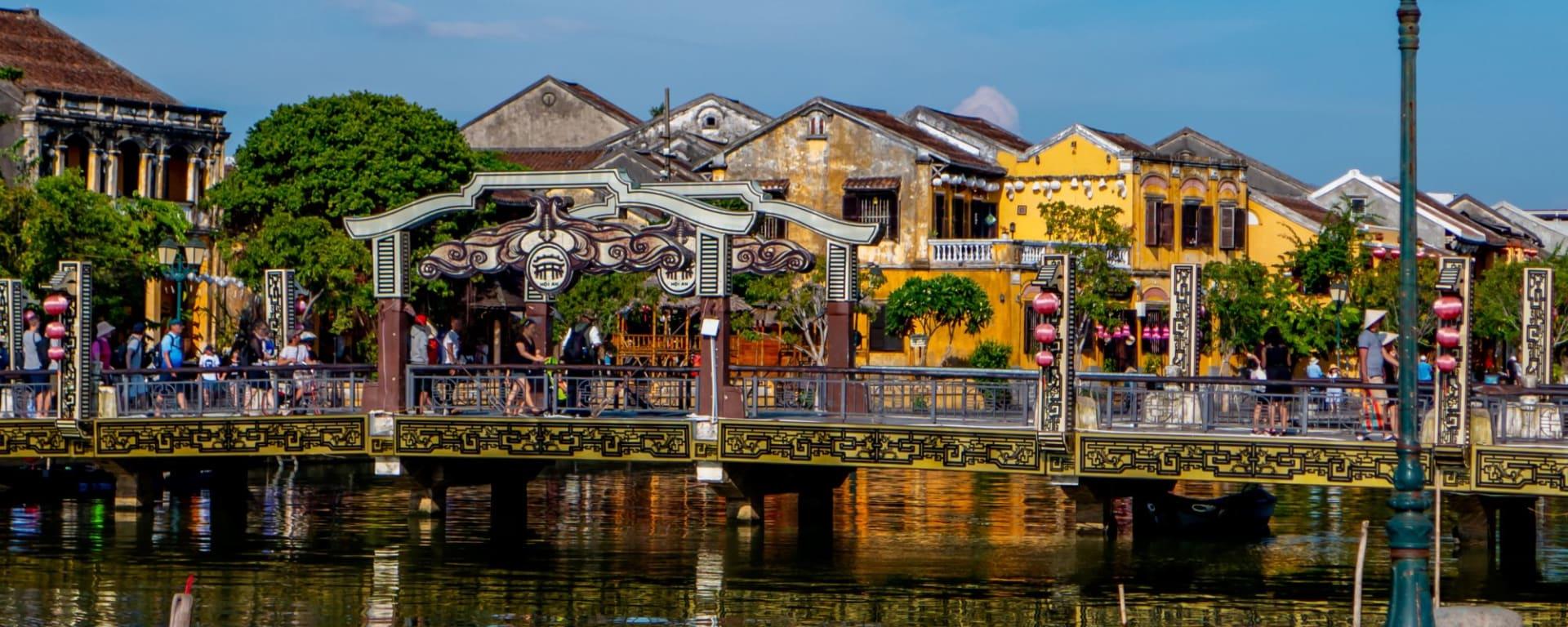 Grand voyage en Indochine de Hanoi: Hoi An Town Scene