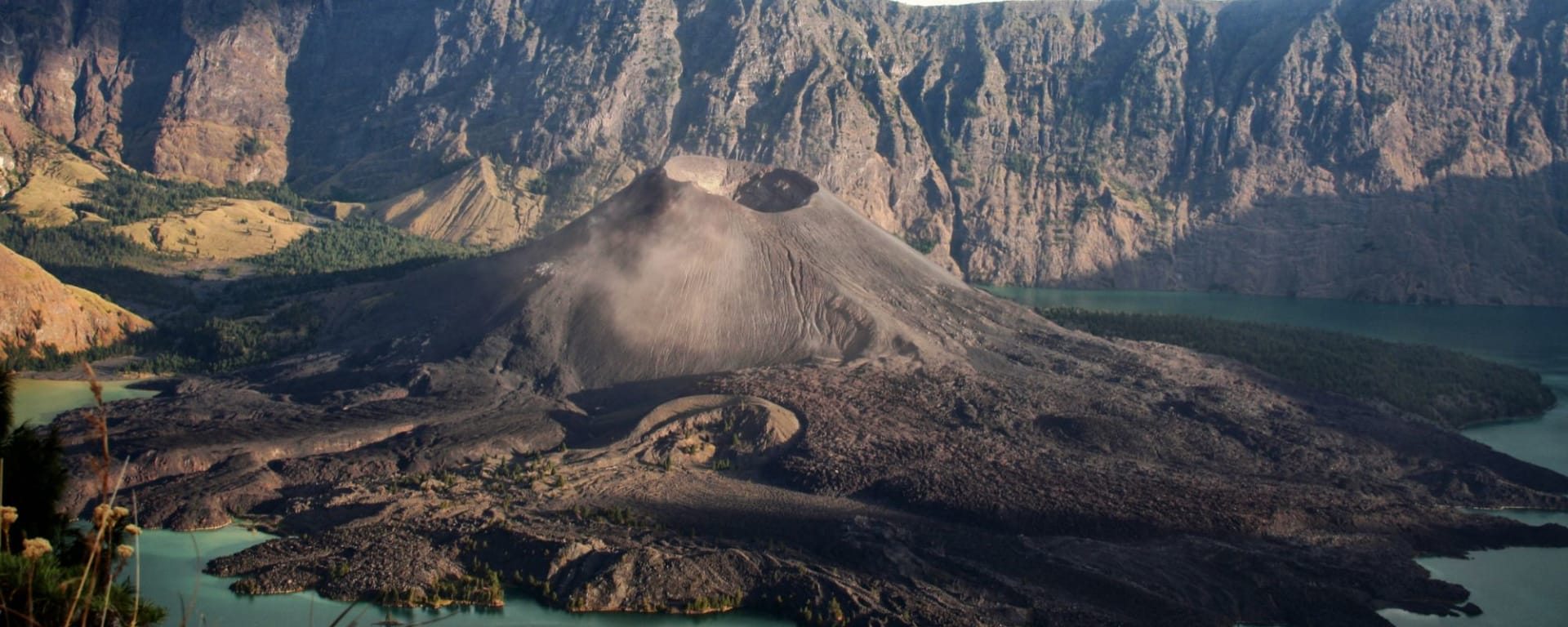 Wanderung beim Mount Rinjani in Lombok: Lombok Mount Rinjani