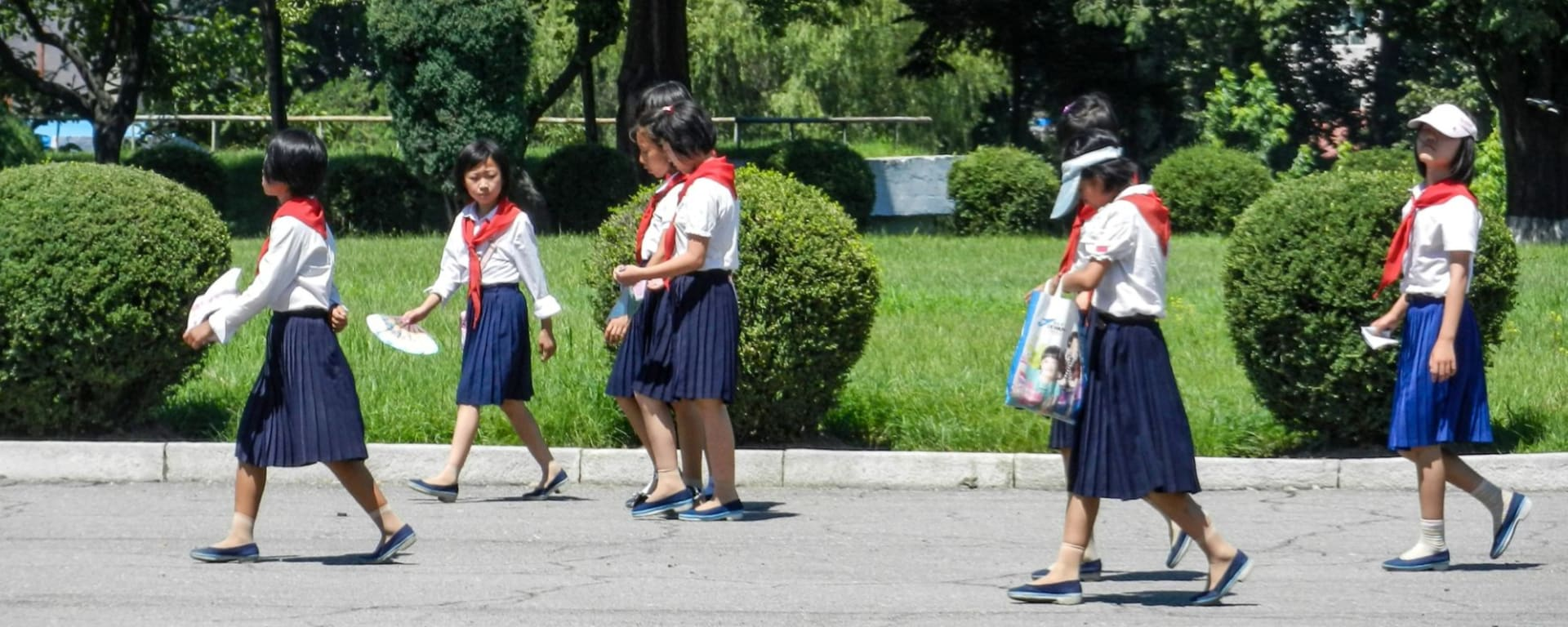 Nordkorea Kompakt ab Pyongyang: Pyongyang School Kids