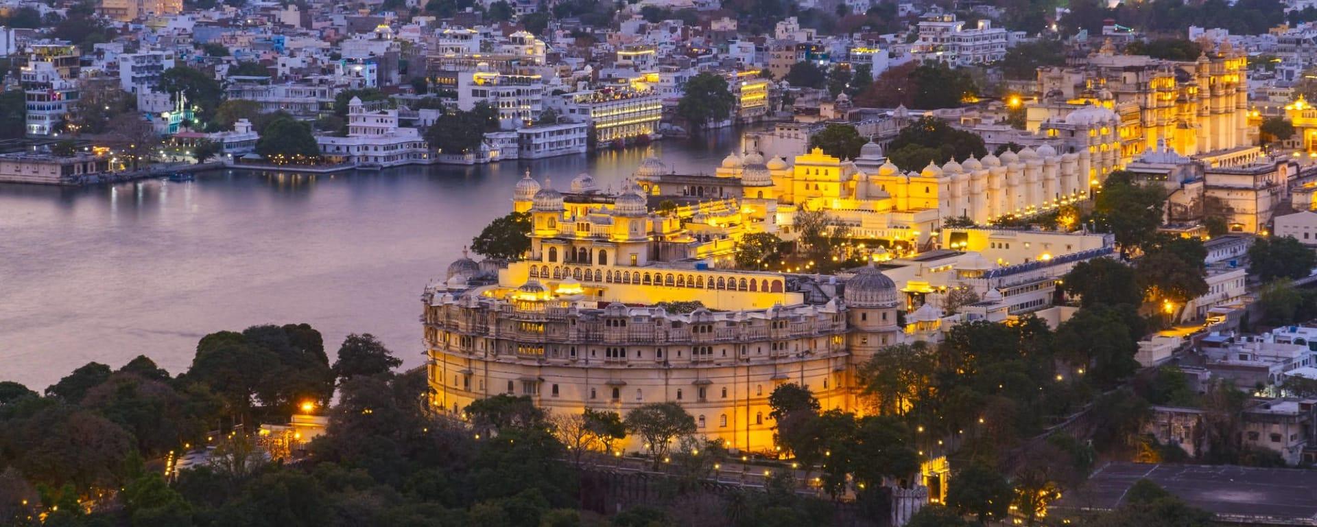 L'Inde pour les fins connaisseurs de Delhi: Udaipur City with Lake Pichola