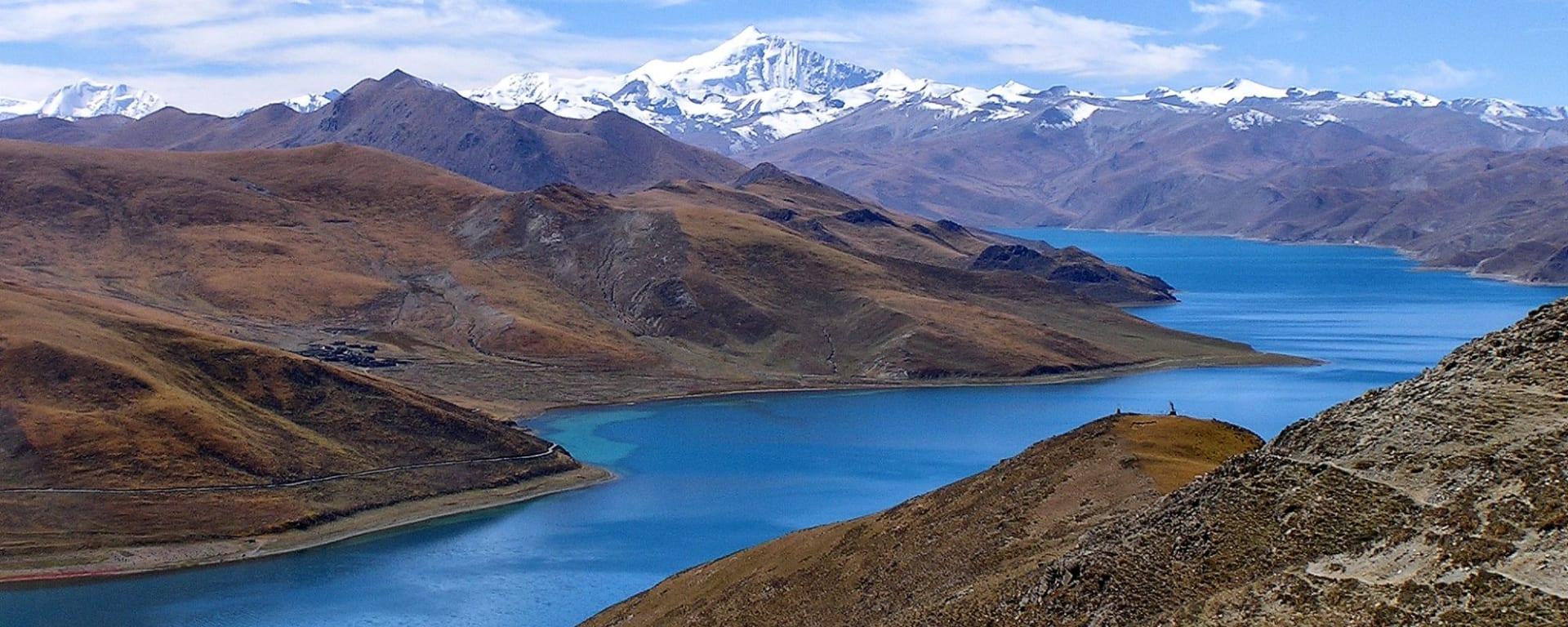 Avec le train du Tibet sur le toit du monde de Pékin: Yamdrok Lake