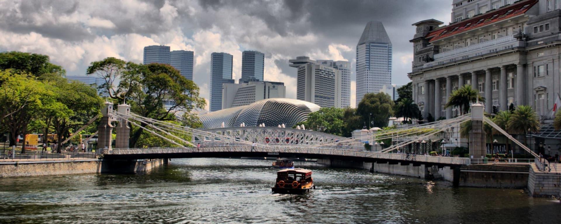 Wissenswertes zu Singapur Reisen und Ferien: Fullerton Bridge