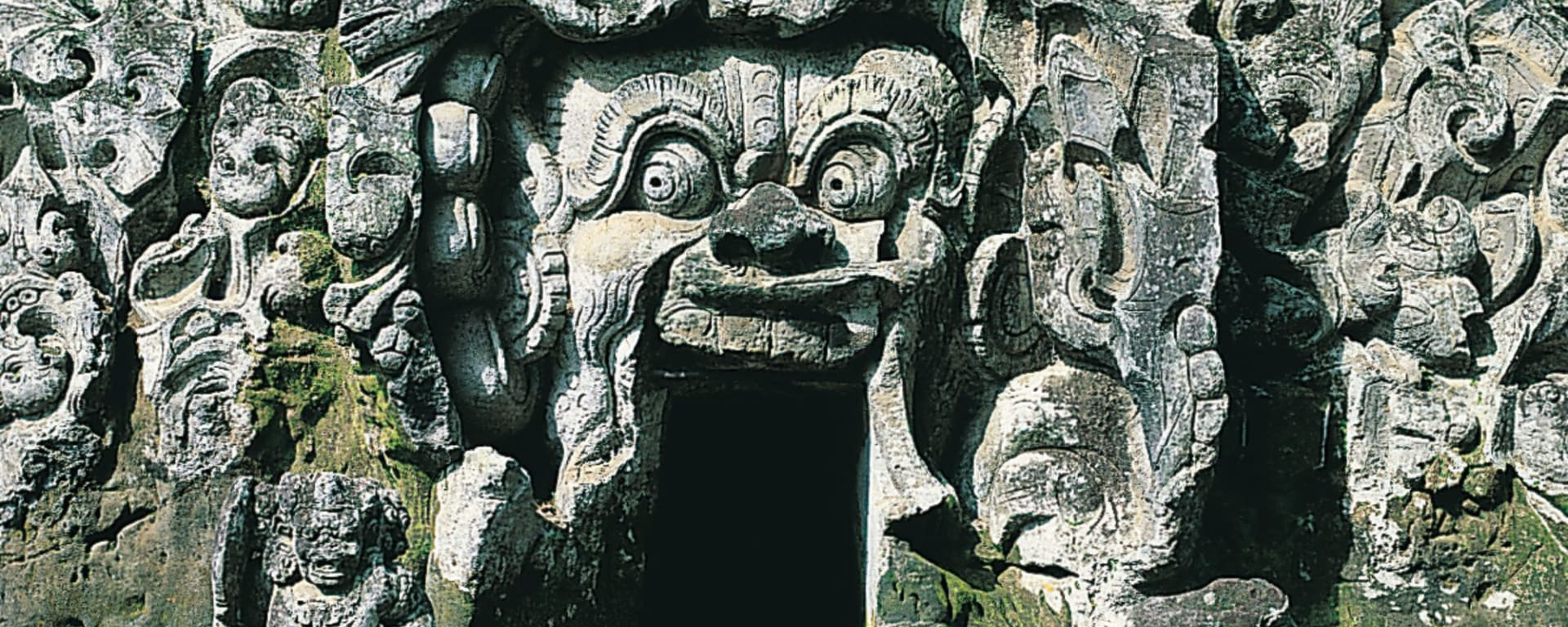Ubud und Umgebung in Südbali: Bali Elephant Cave Goa Gajah