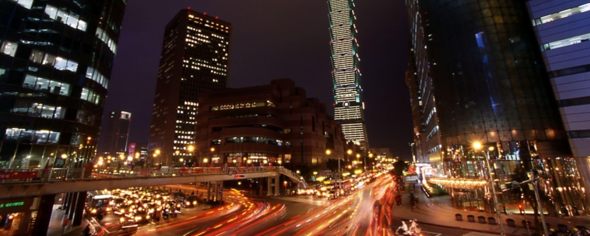 Taipei by night: Taipei 101 Building