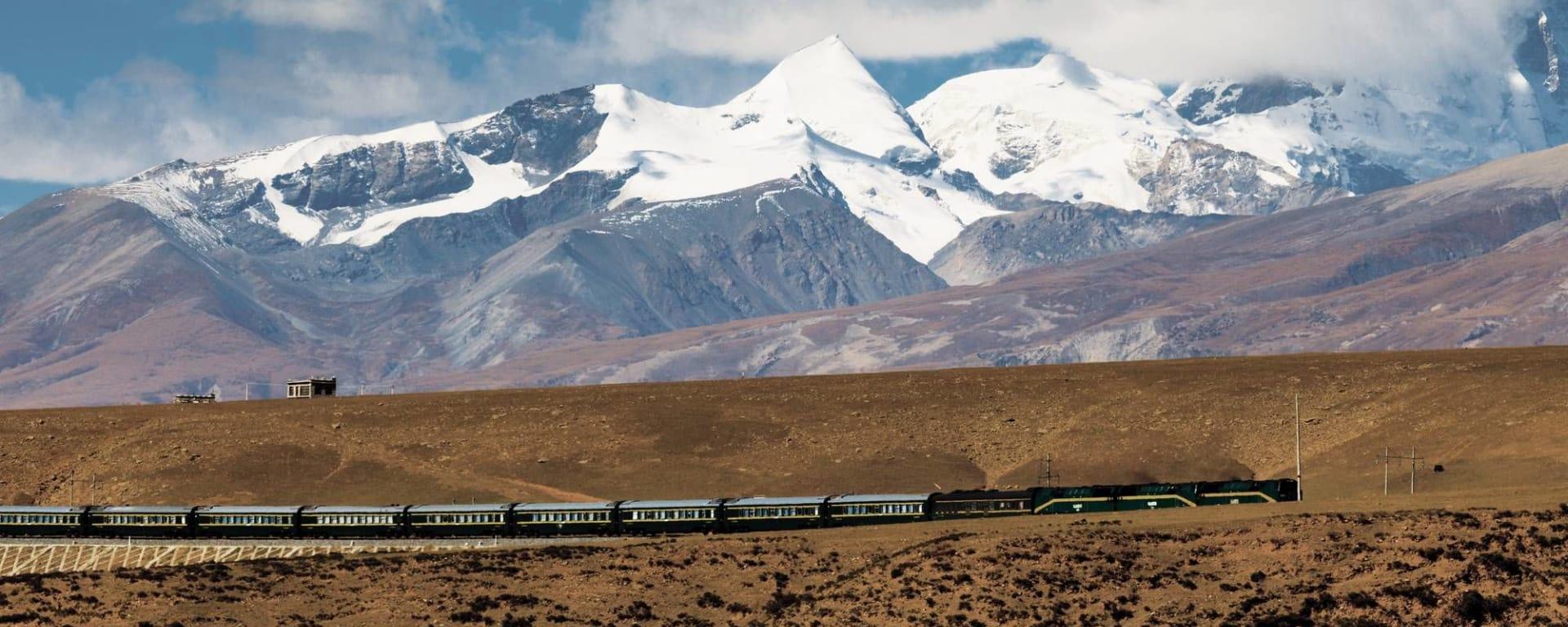 Circuit spectaculaire du Yunnan au Tibet de Kunming: Tibet Train Nyenchen Tanglha Mountains