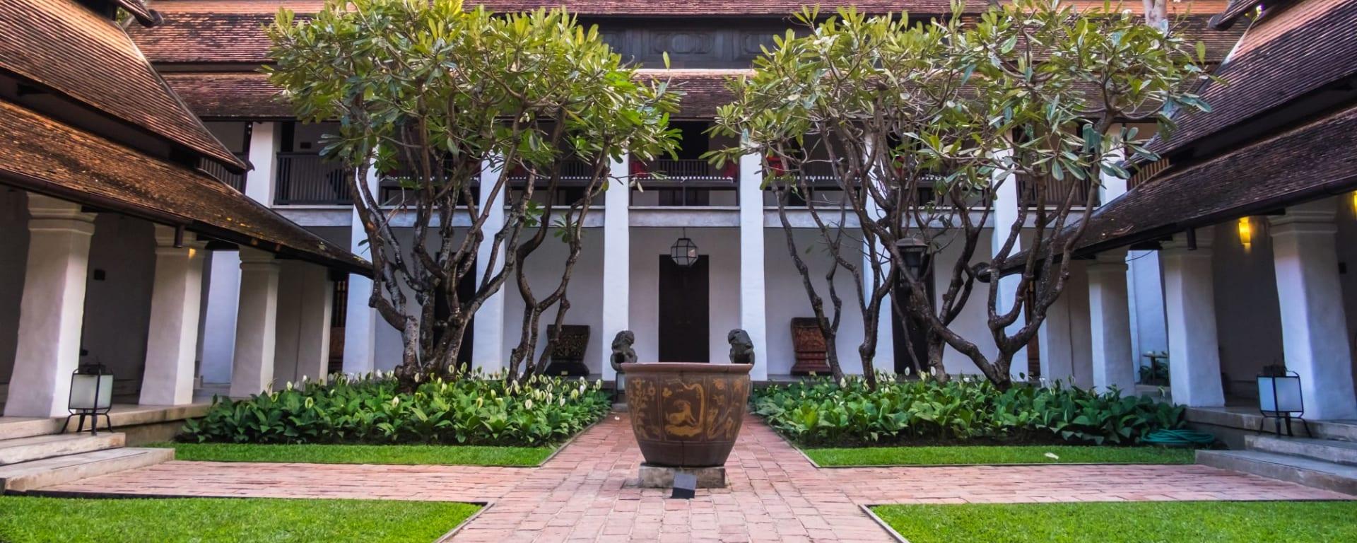 Rachamankha in Chiang Mai: Hotel courtyard