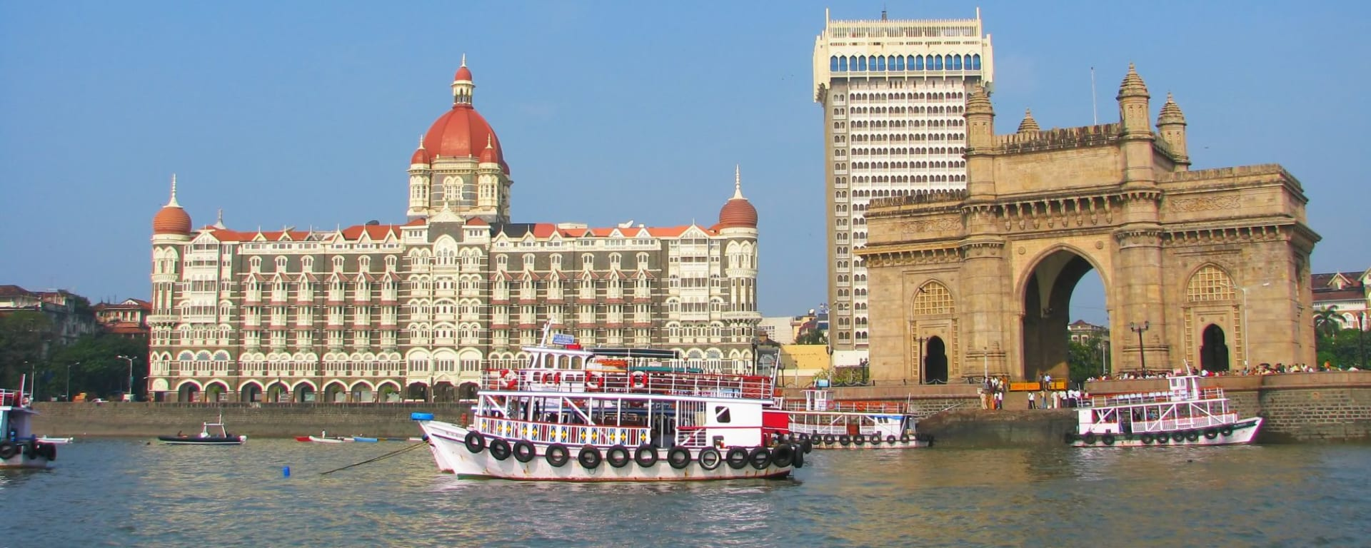 Stadttour Mumbai: Gate of India and Taj Mahal Palace