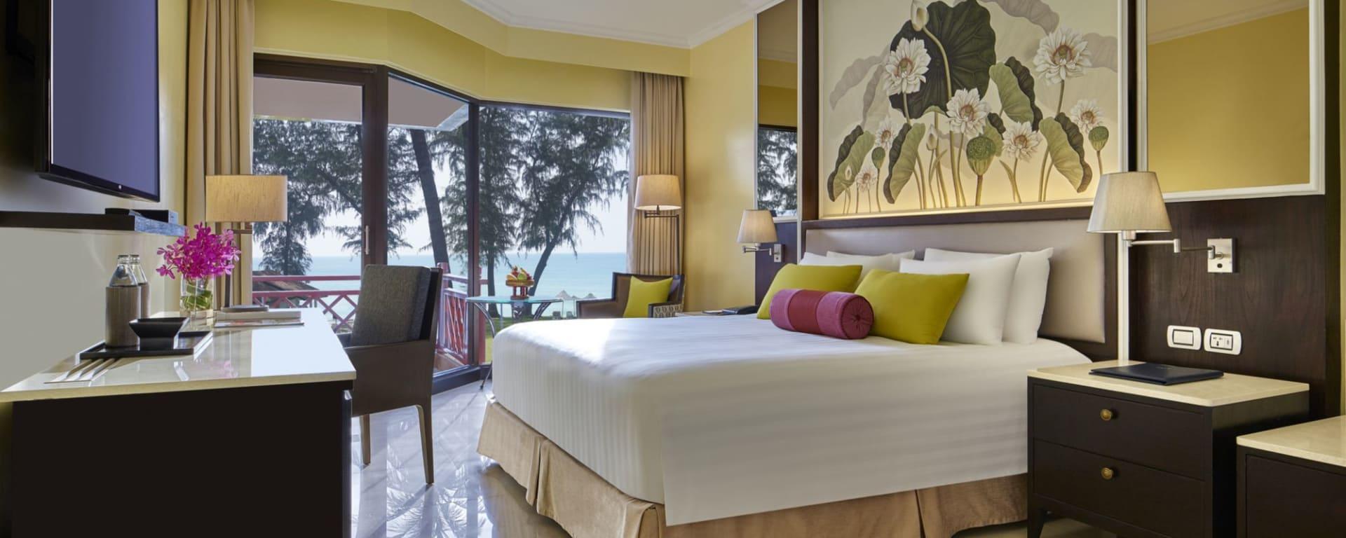 Dusit Thani Laguna in Phuket: Premier Ocean Front