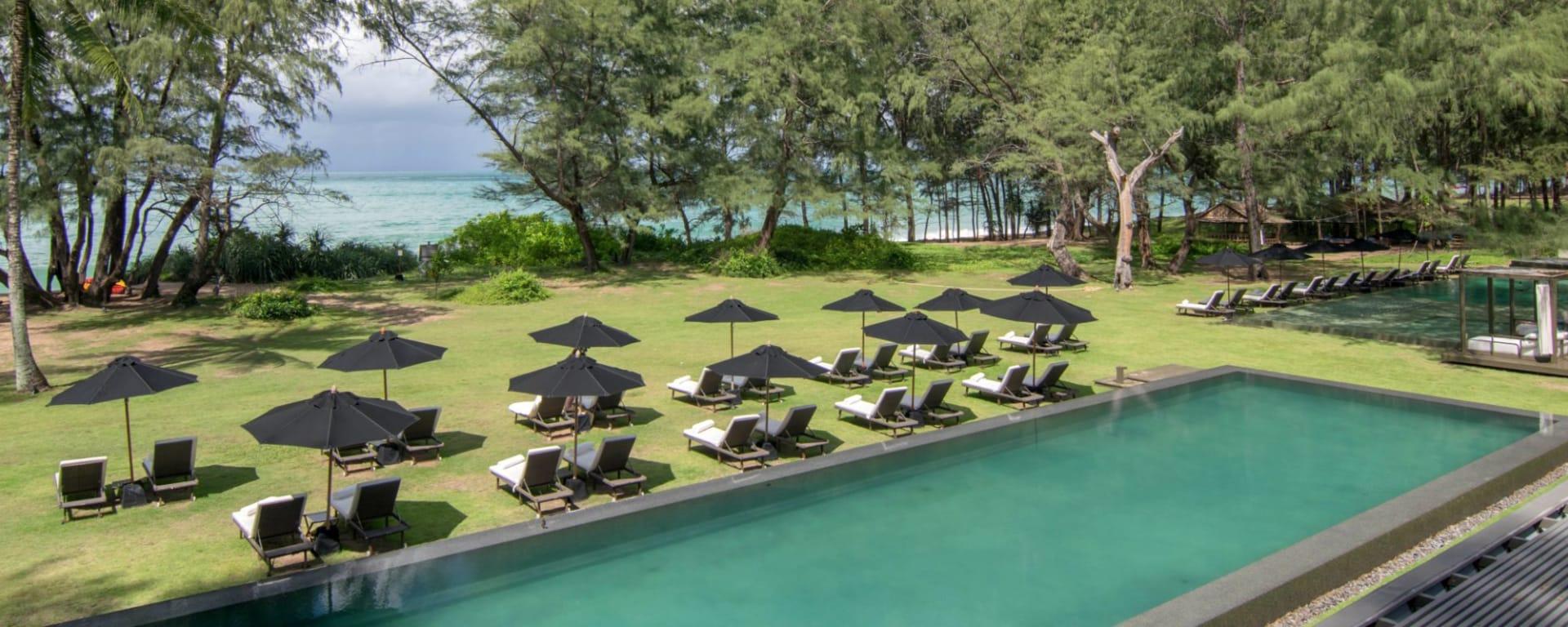 SALA Phuket Mai Khao Beach Resort: beach view