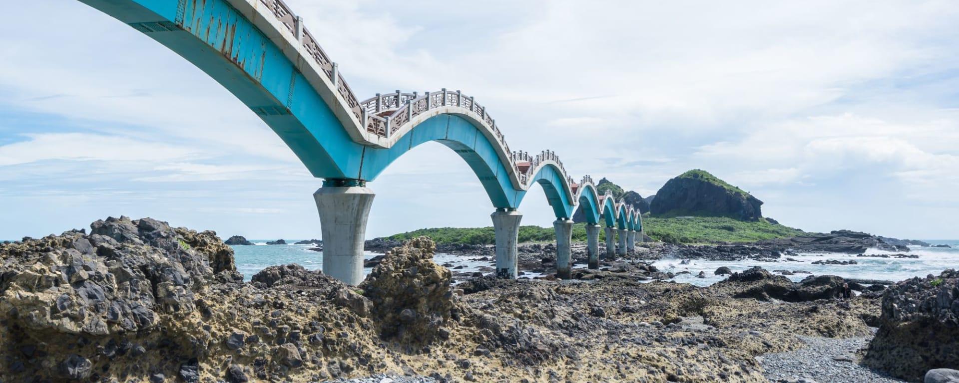 Les hauts lieux de Taïwan de Taipei: Sansiantai bridge Taitung
