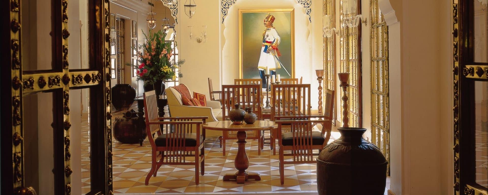 The Oberoi Rajvilas in Jaipur: Lobby