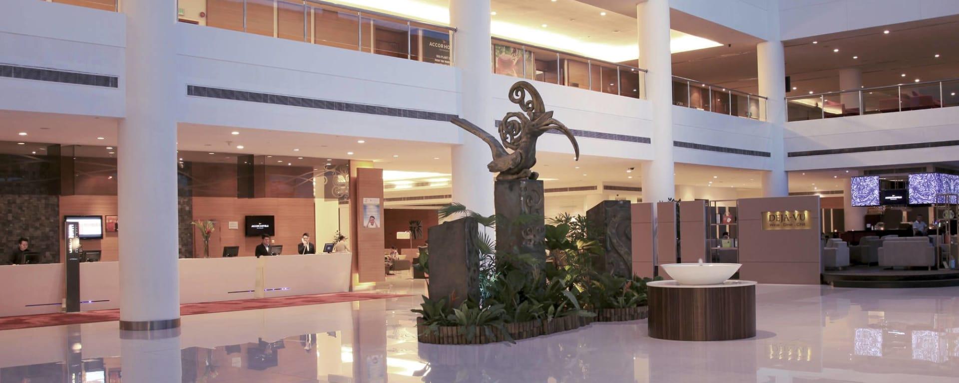 Pullman Kuching: Lobby