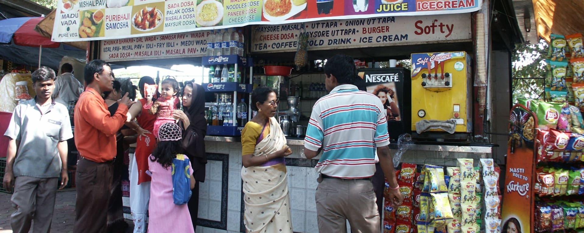 L'état inconnu de Gujarat de Ahmedabad: Mumbai: Street Stall