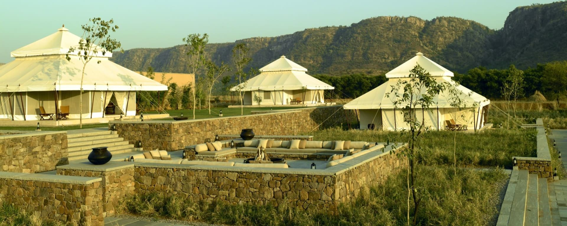 Aman-i-Khas in Ranthambore: tents and aravalli hills