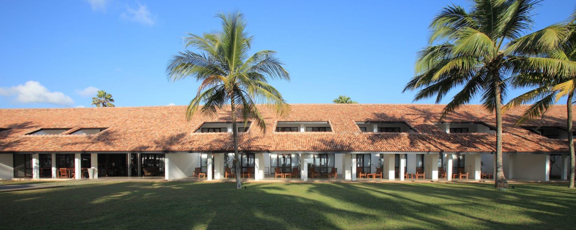 Avani Bentota Resort: Daytime view
