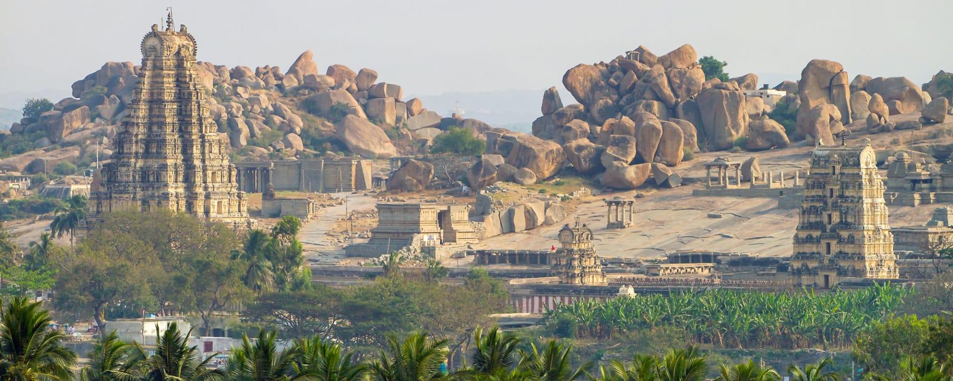 «The Deccan Odyssey» - Die Juwelen des Dekkans ab Mumbai: Virupaksha Temple in Hampi