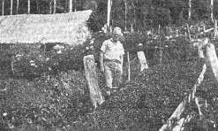 Leendert Konijn Menanam Jeruk di Kaki Sinabung (1932)