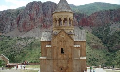 Armenia: Konyak, Khash and the Kardashians!