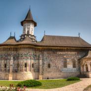 5 Reasons to Visit Romania