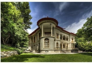 Top hostels of Tehran