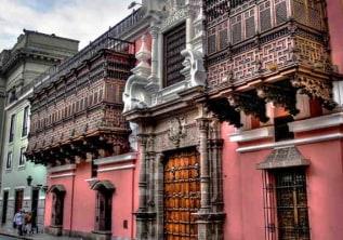 Explore Lima Highlights!